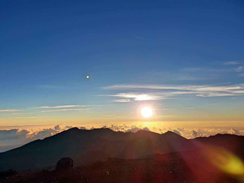 【夏威夷-Maui】茂宜島Haleakala火山公園看日出 – 記得要預約阿!