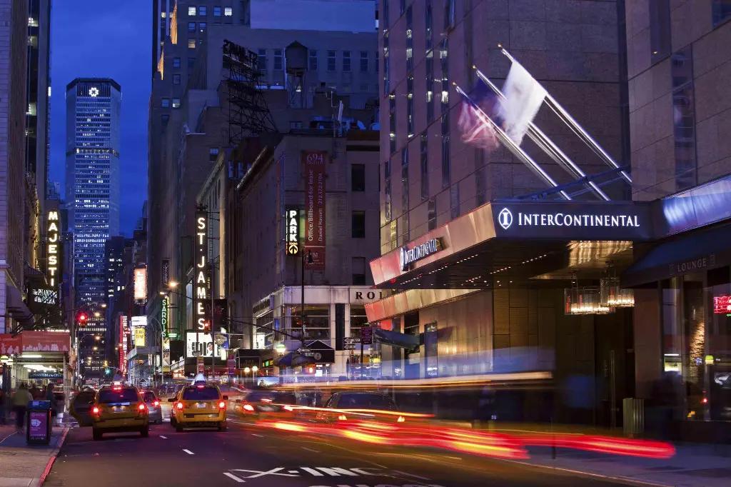 【紐約】住宿推薦:時代廣場洲際飯店 / JKF機場交通教學,位於曼哈頓市中心超便利!