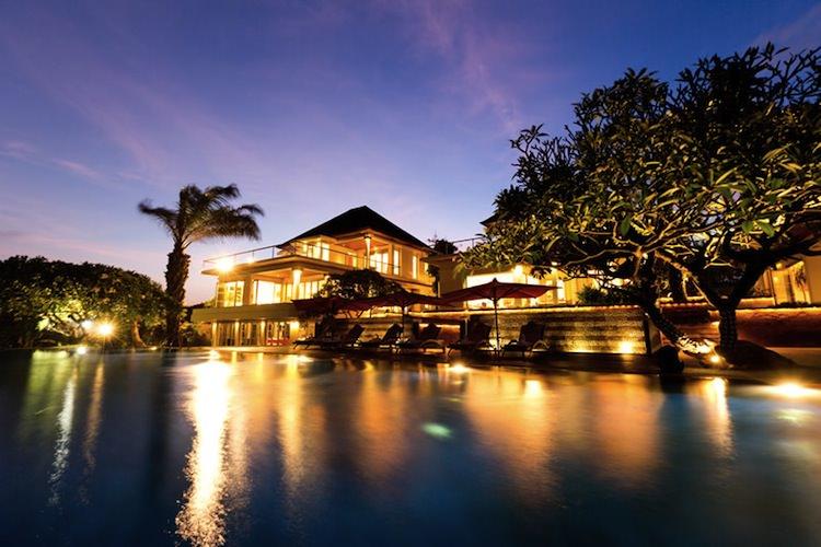 【峇里島Bali】住宿推薦:真正的私人Villa – Sanur 「海寓」,別墅含包車,難忘的好友旅行